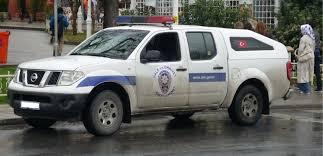 nissan navara 2013 interior file nissan navara d40 turkish police car istanbul jpg