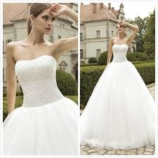 cheap bridal gowns 2016 vintage fluffy wedding dresses strapless tulle gown
