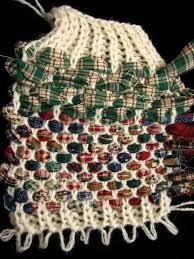 Crochet Rugs With Fabric Strips Best 25 Rug Weaves Ideas On Pinterest Hula Hoop Weaving Hula