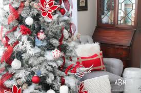 ideas for christmas with others classic christmas decoration classic and white christmas tree decorating ideas