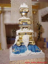 cool wedding cakes creative wedding cakes the wedding specialiststhe wedding