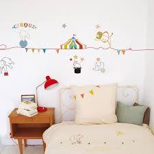 stickers chambre bébé mixte le cirque s invite dans la chambre de votre enfant a vous de créer