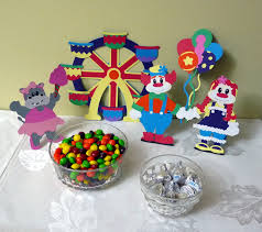 carnival birthday at cooking with cricut my little craft blog