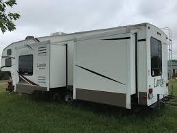 fifth wheel floor plans front living room 4 bedroom motorhome travel trailer floor plans heartland bighorn