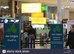 aer lingus check in desk at heathrow airport stock photo royalty
