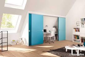 kinderzimmer mit schräge dachschräge kinderzimmer mit möbel für und kinderzimmer h jpg 1400x700