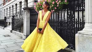dresses to wear to a wedding as a guest 20 beautiful dresses you can wear to your best friend s wedding