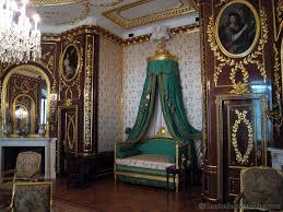 walking through the royal castle museum buscar con google