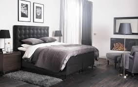 wohnideen schlafzimmer wei 2 ein großes schlafzimmer u a mit vallavik boxspringbett mit bezug