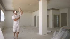 Bathroom Ceiling Paint by How To Paint Interior Ceilings And Walls That Have Crown Molding