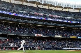 yankee stadium home run lights here s why new york yankees ticket sales keep falling every year