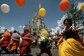 bureau de change disney two die after going on kid attractions at disney