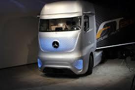 future mercedes truck mercedes benz auf der 65 iaa nutzfahrzeuge weltpremiere der