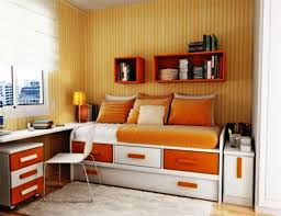 ideas for small bedrooms on a budget stained mahagony wood chest
