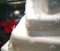christmas wedding cakes pictures of winter wedding cakes