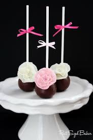 flower fondant cakes best 25 fondant flower cake ideas on pinterest fondant flowers