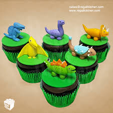 dinosaur cupcakes dinosaur cupcakes cakes by the regali kitchen