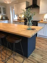 navy blue kitchen cabinets howdens pin by lielen facchini on kitchen kitchen renovation home