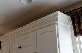Diy White Kitchen Cabinets by Diy Crown Molding On Kitchen Cabinets Kitchen Cabinets