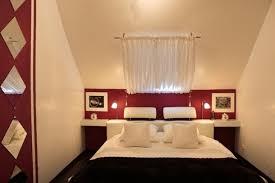 chambre a coucher bordeaux chambre coucher chambre a coucher moderne noir et blanc u
