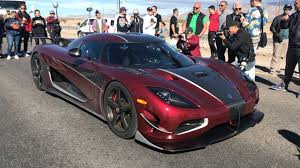 koenigsegg crash koenigsegg smashes the production car speed record with 277mph run