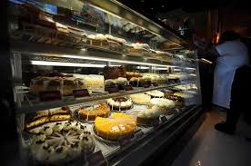 cheesecake delivery cheesecake factory gifting 10 000 slices of cheesecake to customers