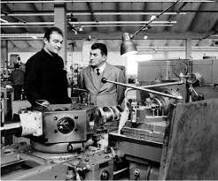 ferruccio lamborghini khám phá cuộc đời cha đẻ của hãng xe lamborghini autovina com
