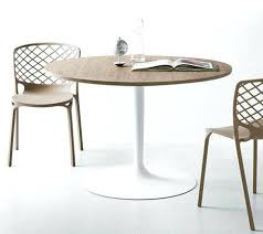 table cuisine ronde pied central table cuisine ronde table cuisine en table cuisine table