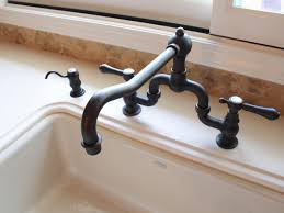 the most artistic style of classic kitchen faucet design