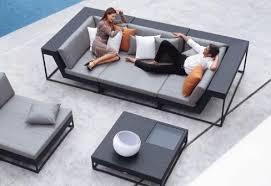 canapé de jardin design mobilier exterieur design les cabanes de jardin abri de jardin et