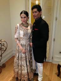 karisma kapoor at saif kareena u0027s wedding reception pinkvilla