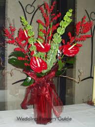 wedding flowers guide guide to seasonal wedding flowers