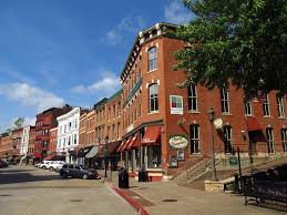 15 best small towns to visit in illinois the crazy tourist