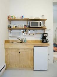 optimiser espace cuisine petit espace cuisine des meubles spacieux pour optimiser la surface