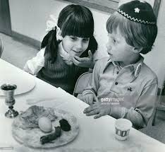 passover seder for children mar 24 1975 apr 2 1974 apr 5 1974 children learn about passover
