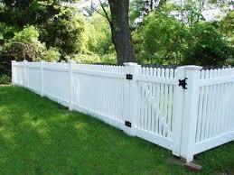 Backyard Fences Ideas by Best 25 White Fence Ideas On Pinterest Green Moon 2016