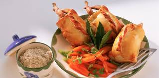 cuisiner des cailles facile cailles en croûte d herbes facile et pas cher recette sur cuisine