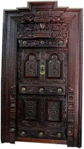 a classical door give vintage looks to your home and show some