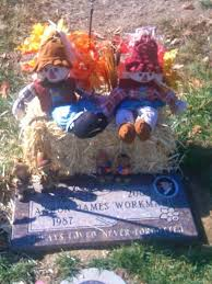cemetery decorations amazing christmas grave decorations christmas decor ideas