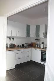 cuisine bois et cuisine bois et blanc ikea