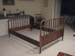 victorian cottage jenny lind spindle bed queen size bedding