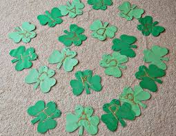 shamrock garland for st patrick u0027s day what can we do with paper