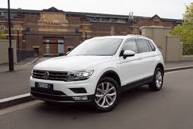 tiguan volkswagen lights volkswagen tiguan 132tsi comfortline 2017 review long term