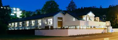 central nelson accommodation luxury 5 star lodge nelson nz