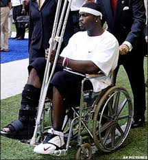 Michael Vick injured