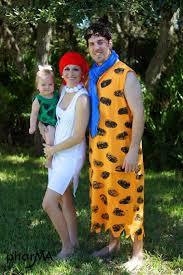 flintstones costumes a family wearing flintstones costumes costumemodels