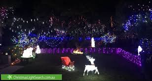 christmas lights to the ultimate list of melbourne s best christmas lights in 2017