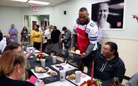 thanksgiving dinner fort worth fort worth welcomes dallas cowboys u0027 thanksgiving labor of love