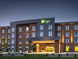 holiday inn express holiday inn express u0026 suites madison central