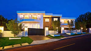 luxury house front nuance of the modern floor plans that can be